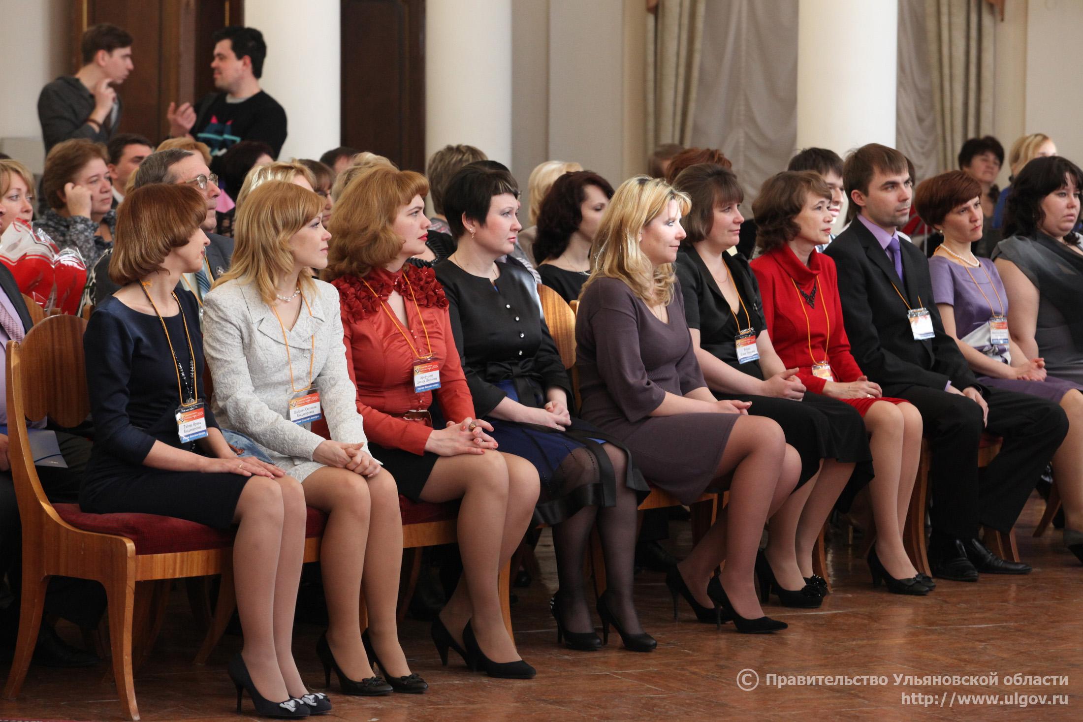 С фото зрелых учителей, Голые училки и учительницы, Красивые порно фото училок 7 фотография